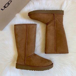 UGG Chestnut Classic Tall II Boots